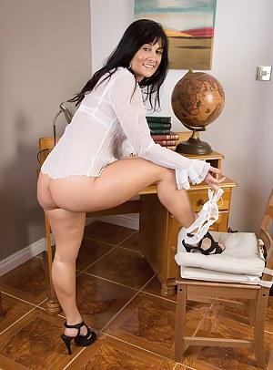 MILF Teacher Porn Pictures