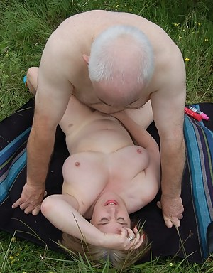 MILF Missionary Porn Pictures