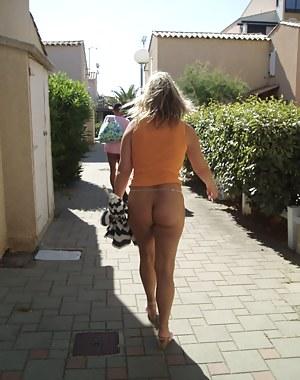 MILF Public Porn Pictures